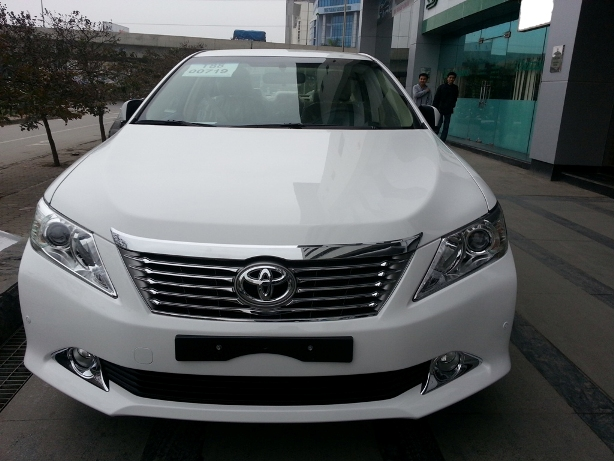 Xe Du Lịch 4 Chỗ Camry