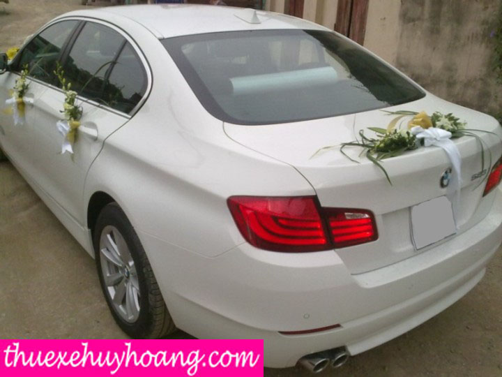 xe-cuoi-bmw-523i-sang-trong-lich-lam